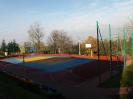 Sale gimnastyczne i boiska sportowe